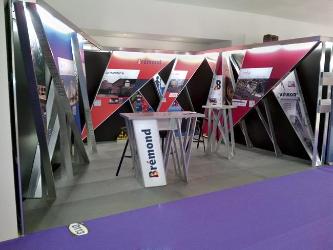 Graphisme stand SIMI 2011 Brémond